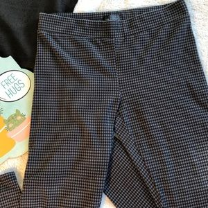3/$20 The Limited Houndstooth Print Leggings